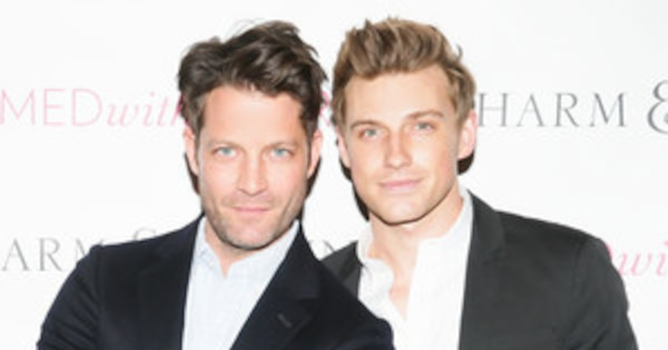 nate berkus and jeremiah brent welcome a daughter e news. Black Bedroom Furniture Sets. Home Design Ideas