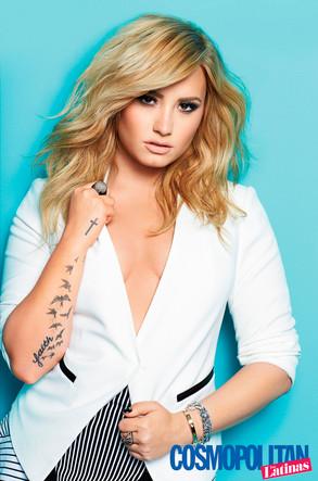 Demi Lovato, Cosmopolitan Latina