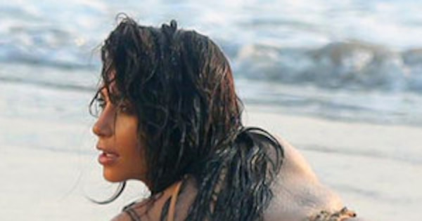 Kim Kardashian Sexy Booty Pics