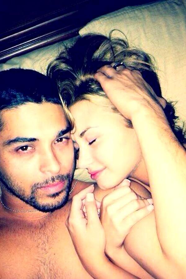 Demi Lovato fotos nuas na cama Wilmer Valderrama