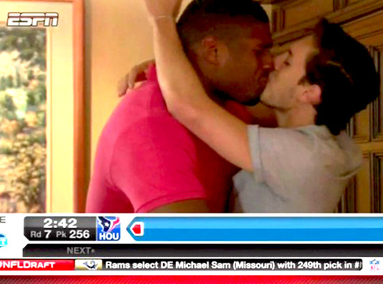Michael Sam Becomes First Openly Gay Player Drafted In Nfl