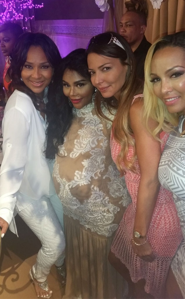 Lil Kims Baby Shower From Party Pics New York E News
