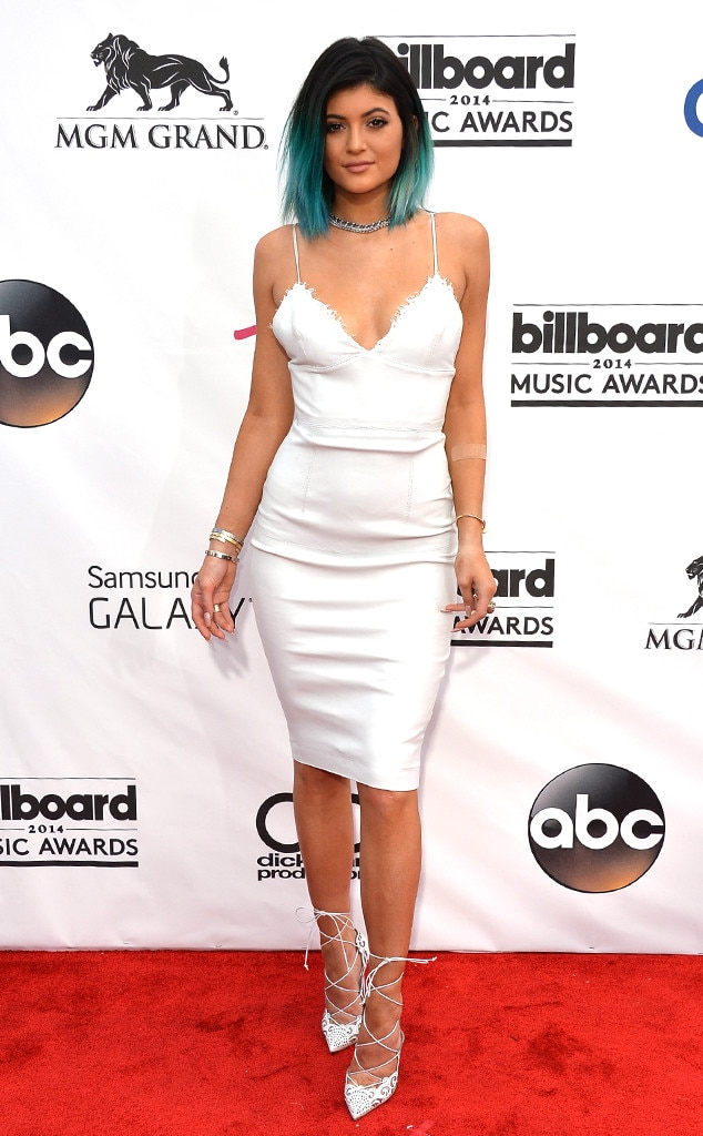 Kylie Jenner -  The blue-haired beauty stunned in a white dress at the 2014 award show.