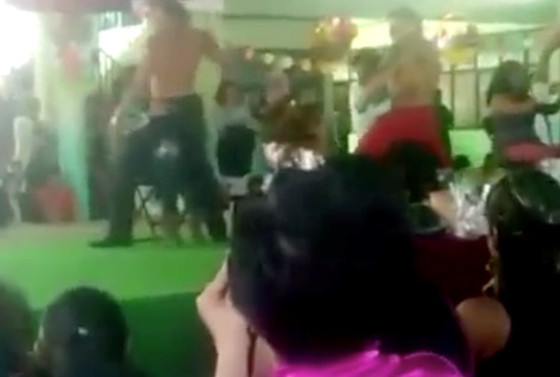 Strippers, Día de la Madre