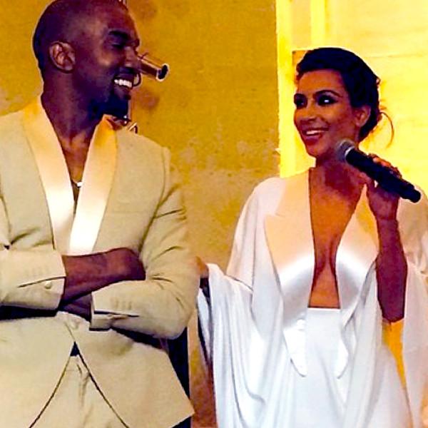 Kim Kardashian Und Kanye West Heiraten In Opulenter Zeremonie E Online Deutschland