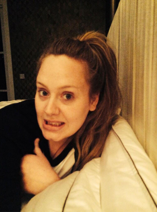 Adele, Twitter