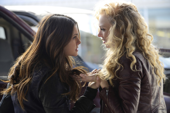 The Vampire Diaries, Nina Dobrev, Penelope Mitchell