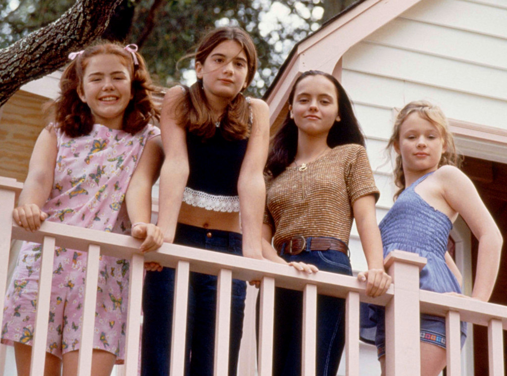 16 Facts About Now And Then On Its 20th Anniversary E Online