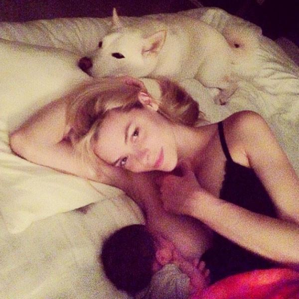 Jaime King, Instagram, Breastfeeding