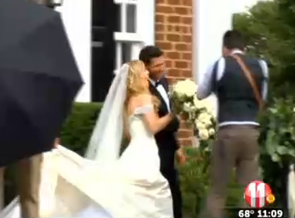Kimberly Perry Of The Band Perry Wedding Pics See The Bride S