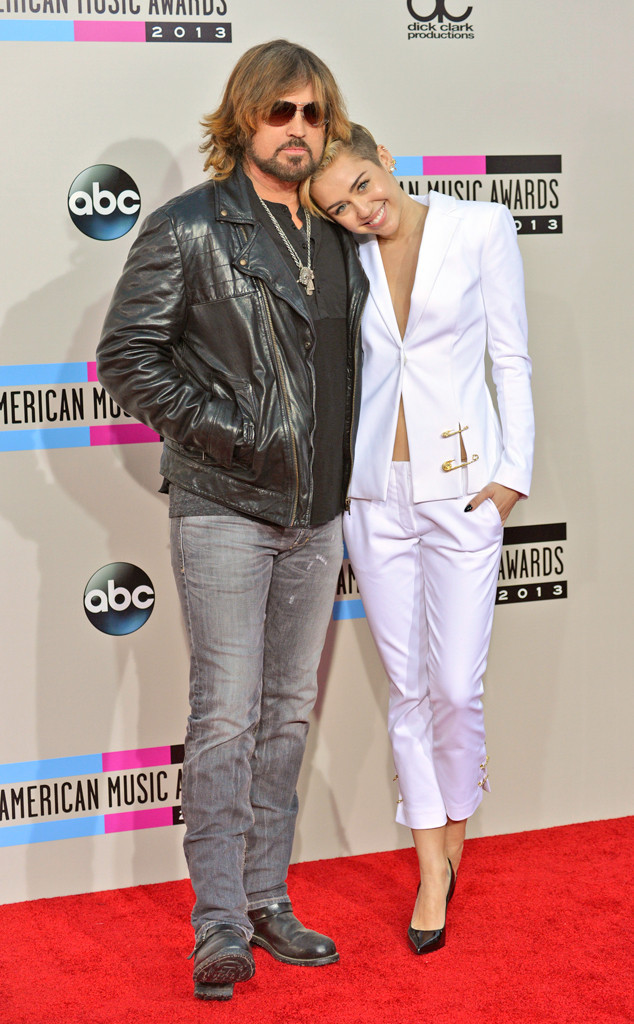 Billy Ray Cyrus, Miley Cyrus, 2013 American Music Awards