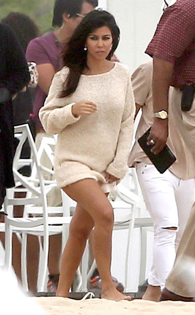 Kourtney Kardashian Flashes Bare Midriff During Pregnancy