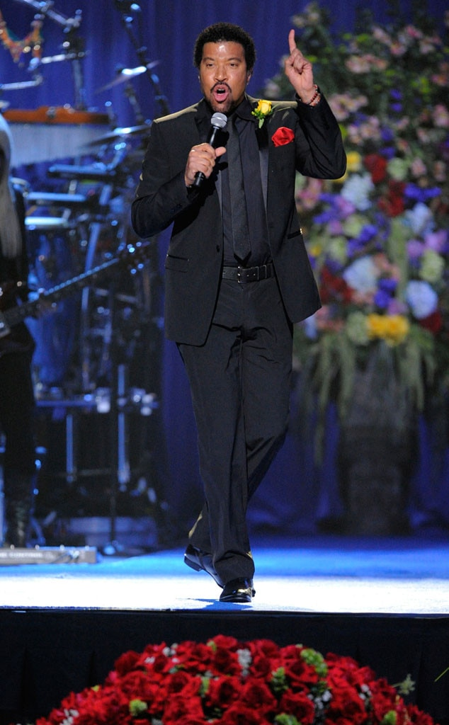 Lionel Richie -  Hello, is this the  American Idol  judge you're looking for?   The singer promises to play all the hits during his summer  headline  outings that include stops at Radio City Music Hall and The Hollywood Bowl.