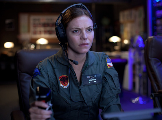 Eloise Mumford, Drones