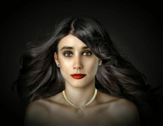 Esther Honig, Photoshop, Global Beauty Standards, Phillipines