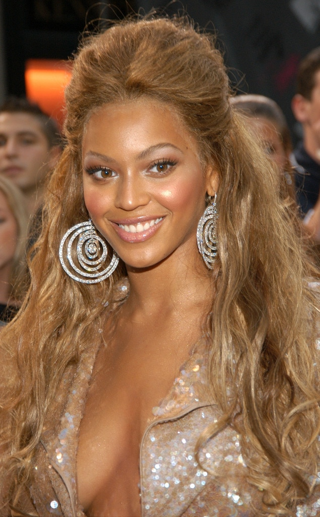 beyonce hair style 2003 from beyonc 233 s hair through the years e news 4668