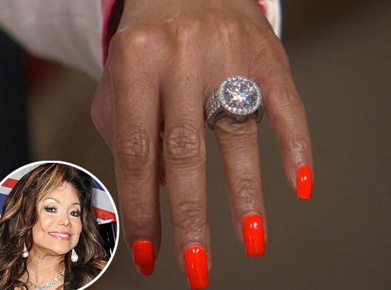 Latoya Jackson, Engagement Ring