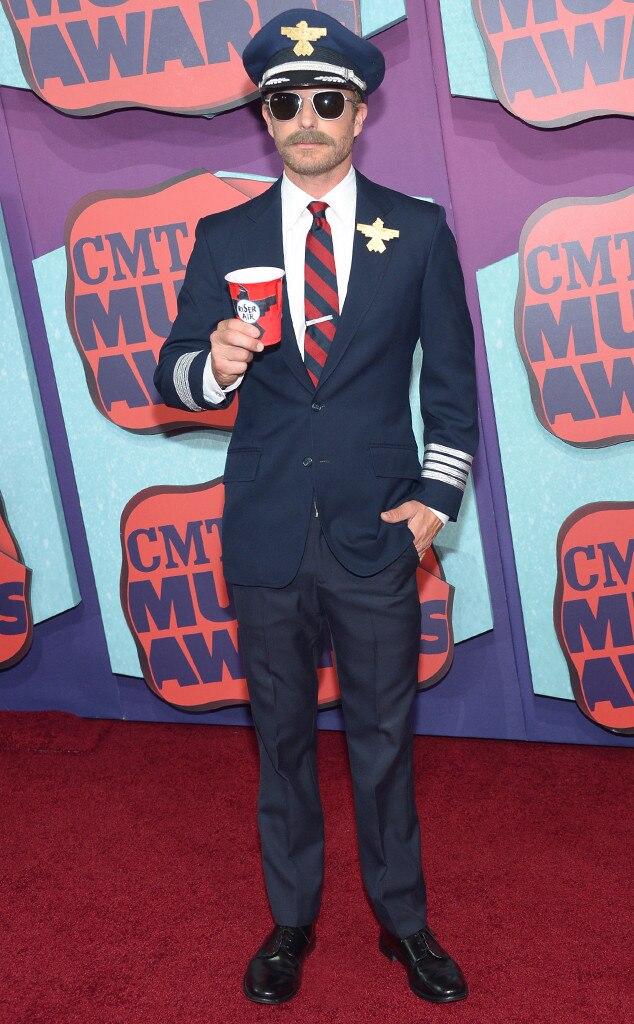 Dierks Bentley, CMT Awards