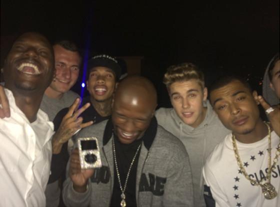 Justin Bieber, Shots