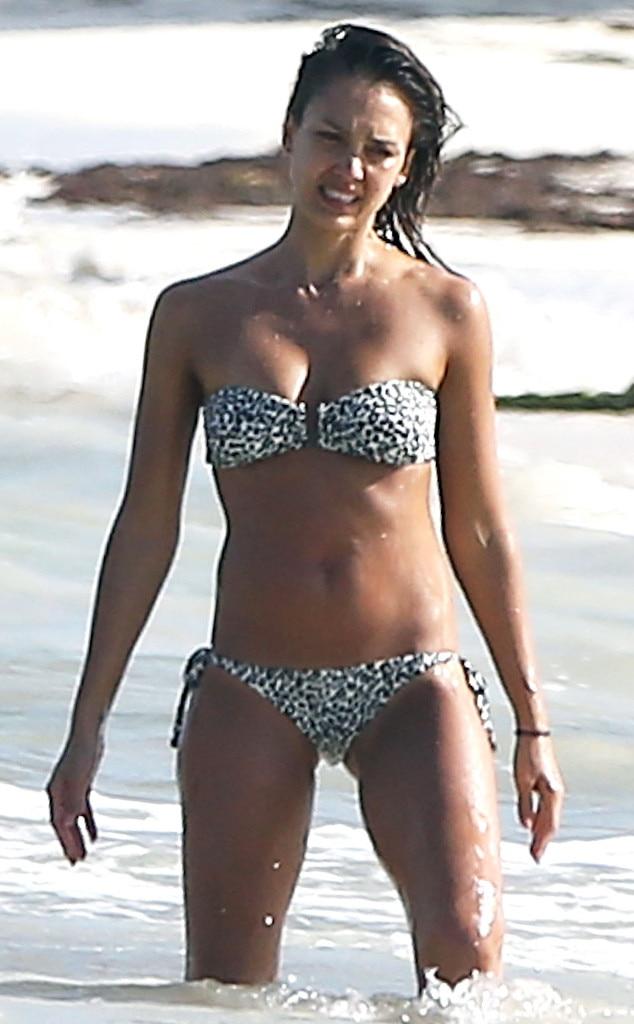 Jessica alba bikini 07 jpg