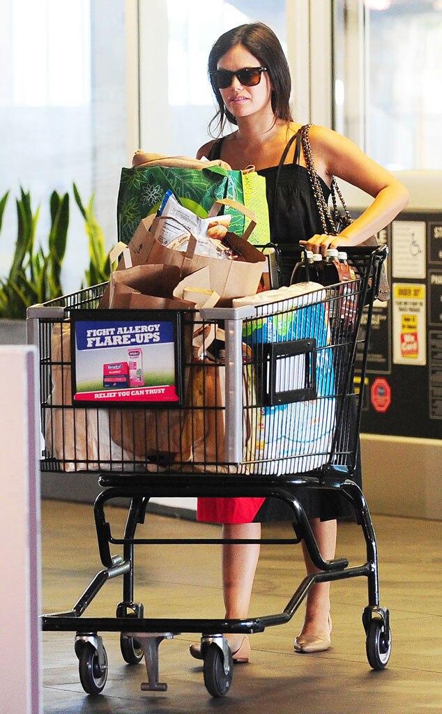 Rachel Bilson, Grocery Shopping