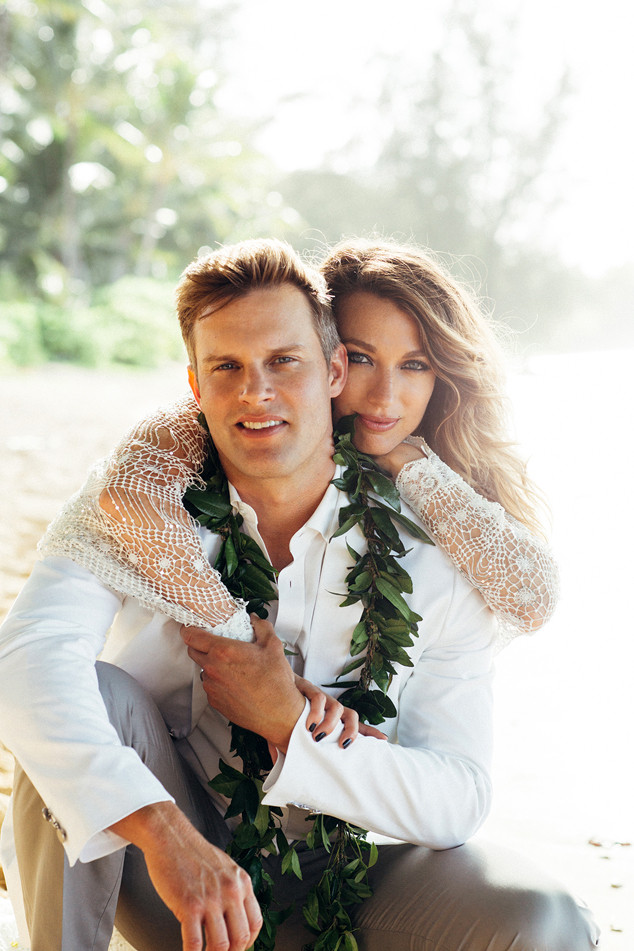 Natalie Zea, Travis Schuldt, Wedding