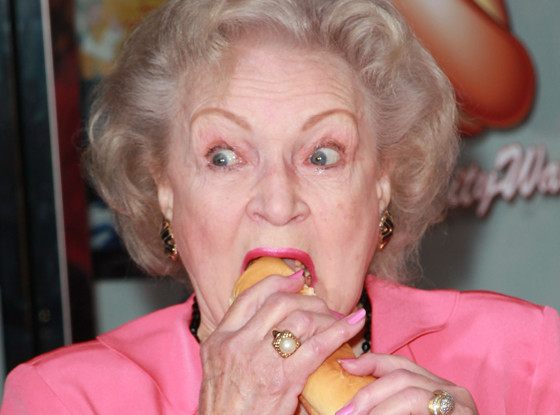 Betty White, Hot Dog