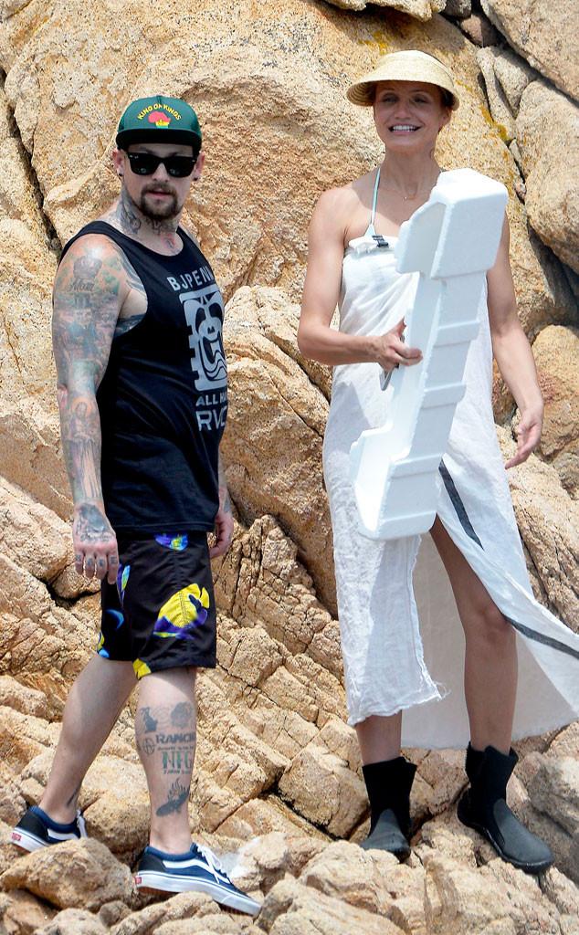 Cameron Diazs Wedding Dress Designer Revealedget The Details E