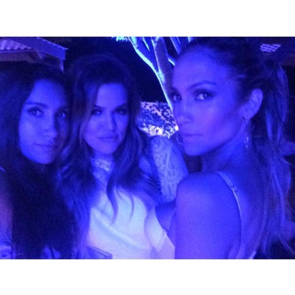 Khloe Kardashian, Jennifer Lopez, Instagram