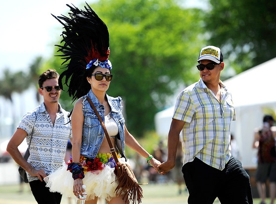 Festival Goer, Headdress