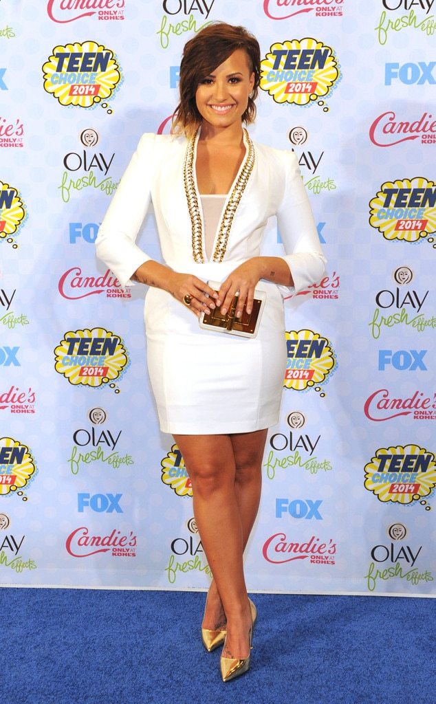 Winner s Circle from Demi Lovato s Best Looks  f59d79a80