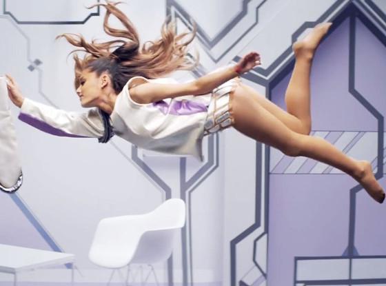 Ariana Grande, Break Free