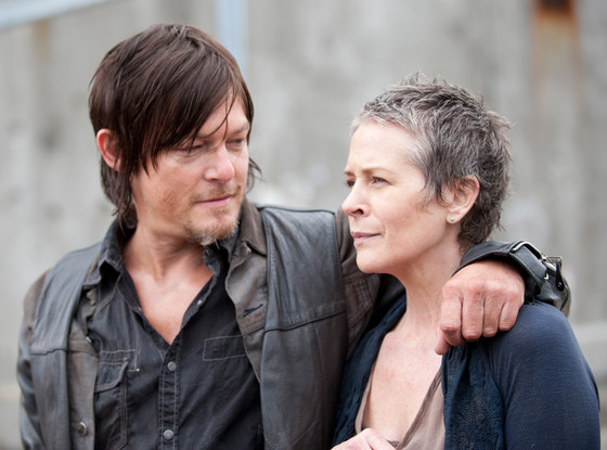 Will daryl hook up with beth. Dont expect a daryl and beth romance in the walking dead walking dead season 5 spoilers: there are the people who want him to.