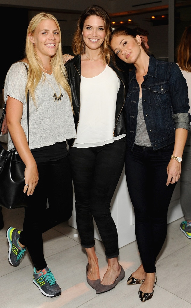 Minka Kelly, Mandy Moore, Busy Philipps