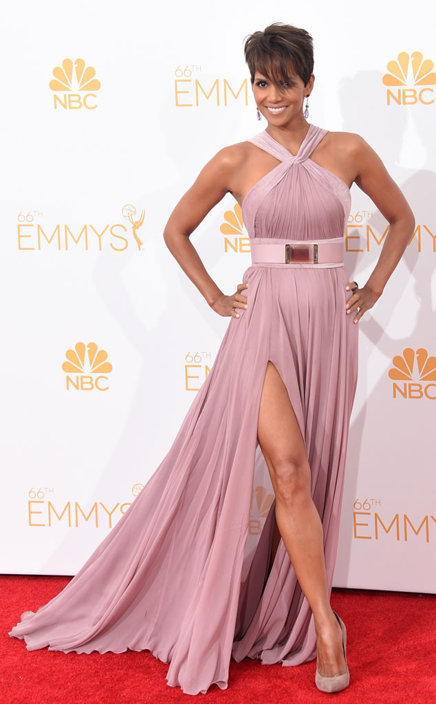 Hot Damn! Halle Berry Looks Beautiful, Ageless as Always at 2014 Emmys—See Her Stunning Dress!