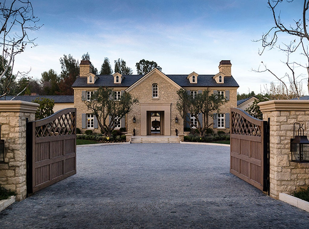 Gated entry of #kardashianhome in Hidden Hills: Interior Design: Kim Kardashian & Kanye West's French Country Home