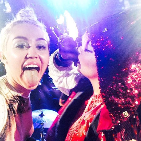 Miley Cyrus, Lily Allen, Instagram