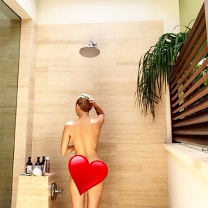 Miley cyrus nude shower join