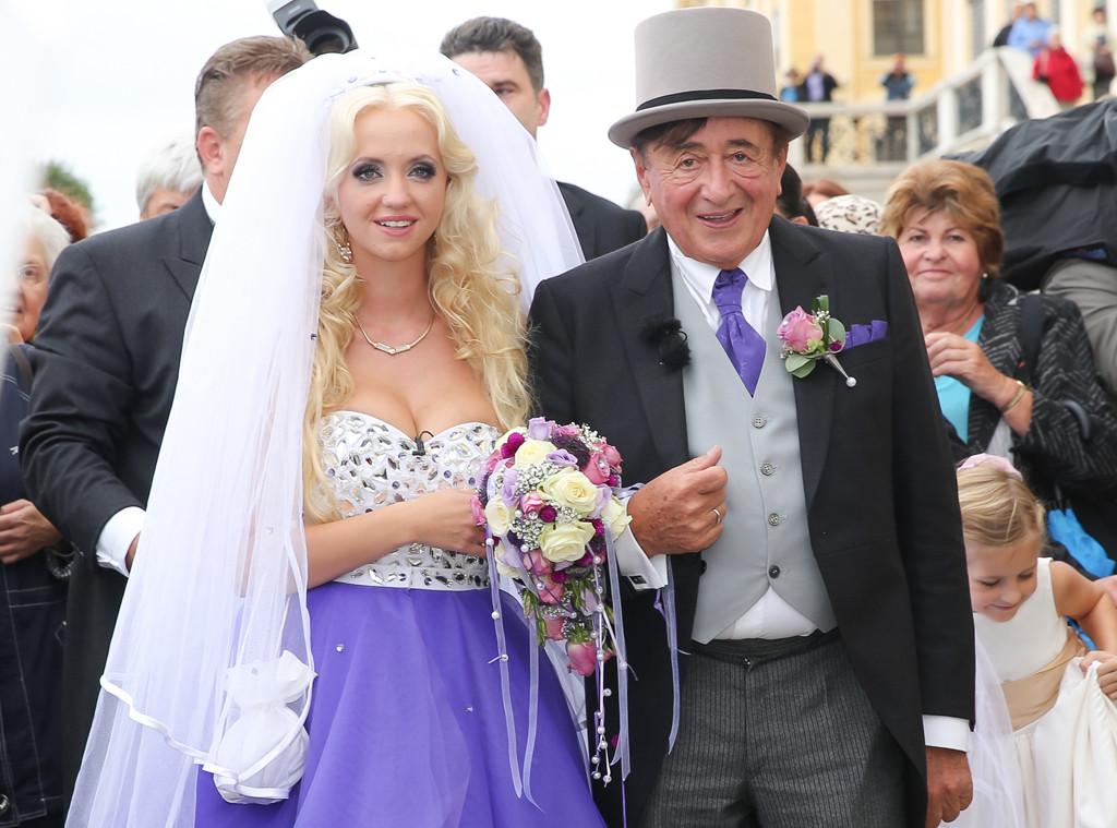 Billionaire, 81, weds nude model, 24