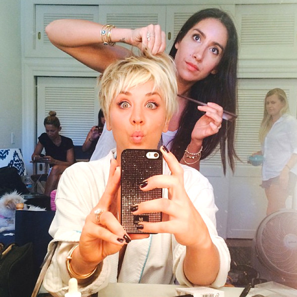 Kaley Cuoco Sweeting Lightens Up Debuts Platinum Pixiesee The Pic