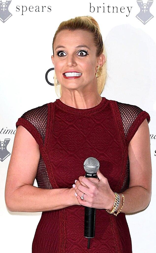 Britney spears desnuda en su auto pics 38