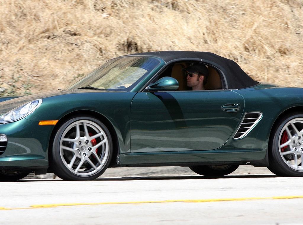 Robert Pattinson, Cars