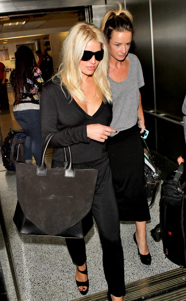 Jessica Simpson Accidentally Flashes Hair Extensions At Laxbut Her