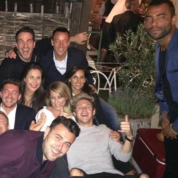 Niall Horan Celebrates 21st Birthday Early With Friends ...