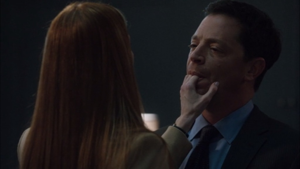 13 Abby And David On Scandal, S2E9 From Shondalands -8316