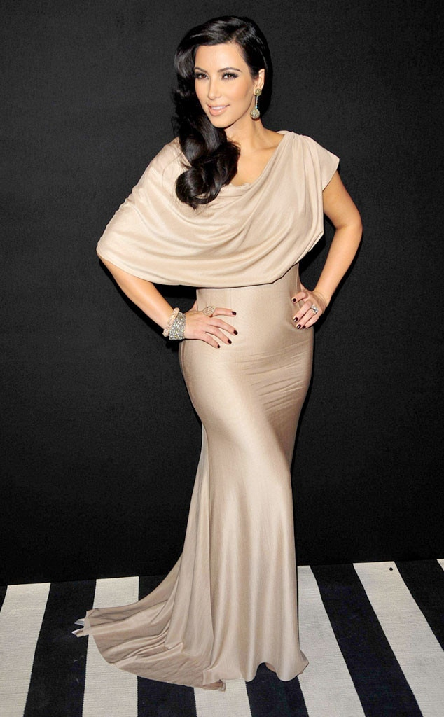 Old Hollywood Glam From 35 Times Kim Kardashian Made Beige -4502