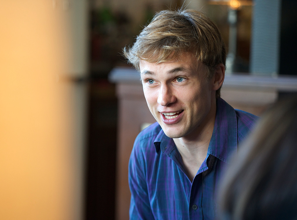 Tea & Strumpets with E!'s The Royals, William Moseley