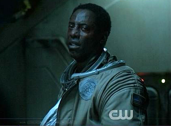 The 100s Isaiah Washington Dishes All About That Shocking