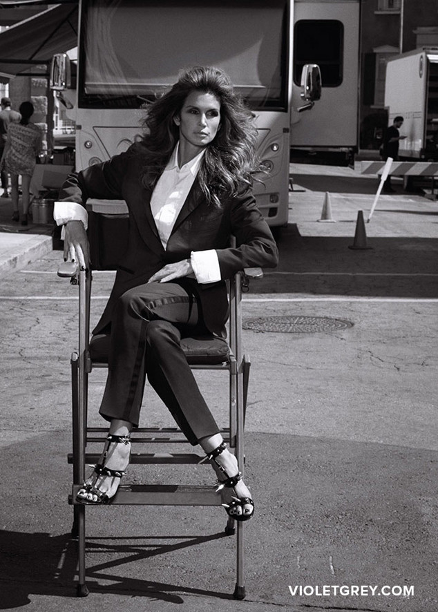 Cindy Crawford, VIOLET GREY