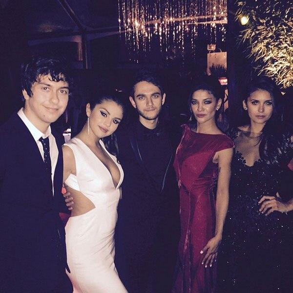 Selena gomez dating with zedd